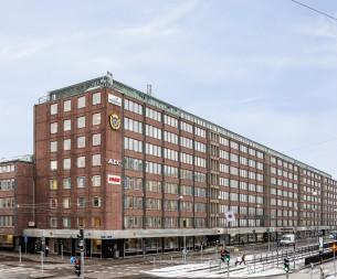 Fastighet på Första Långgatan 28.